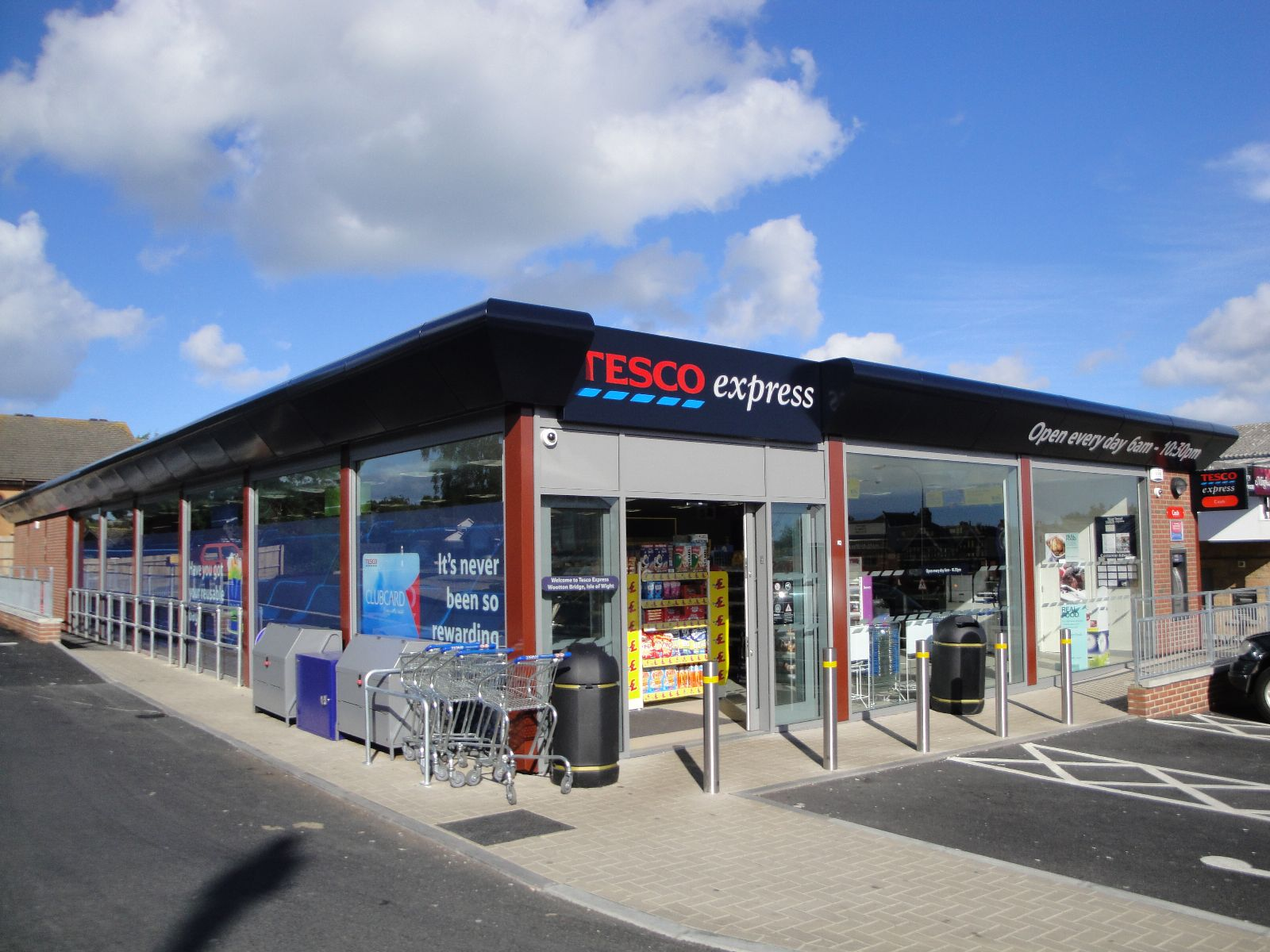 """tesco customer service policy Tesco delays clubcard changes after customer tesco clubcard customers objected to a value """"will not lose out"""" and should contact customer service."""